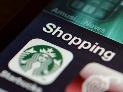 Starbucks ya permite pagar desde su app móvil en todos sus restaurantes... en Estados Unidos
