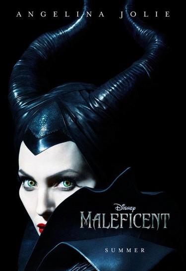 No me puede gustar más Angelina Jolie de bruja-piruja