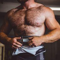 Entrenamiento de fuerza en casa: los ejercicios que no te pueden faltar