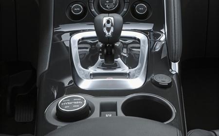 Peugeot 3008 HYbrid4 107