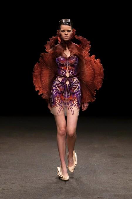 Iris Van Herpen Haute Couture Ss 2021 01