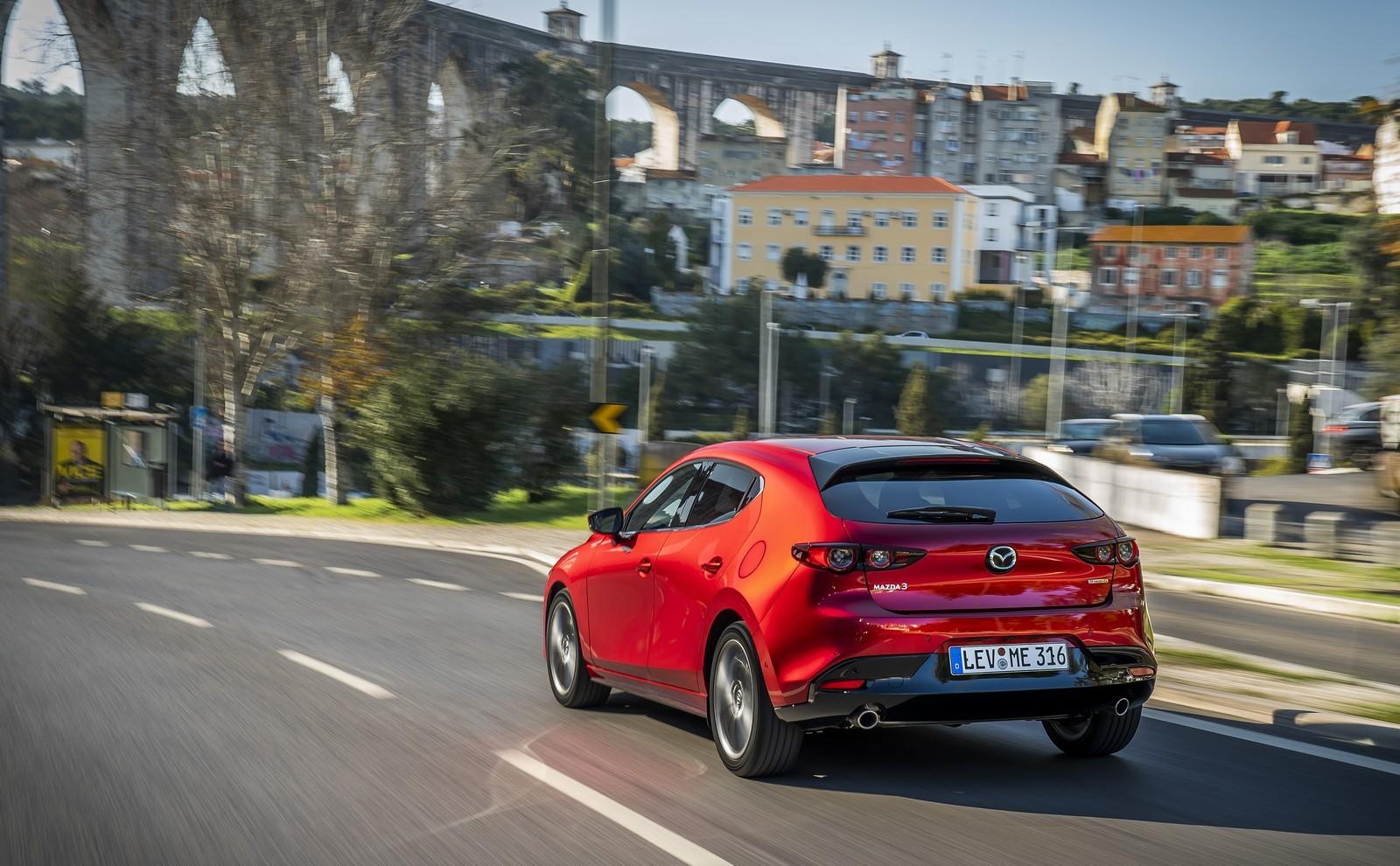Foto de Mazda3 2019 (73/128)