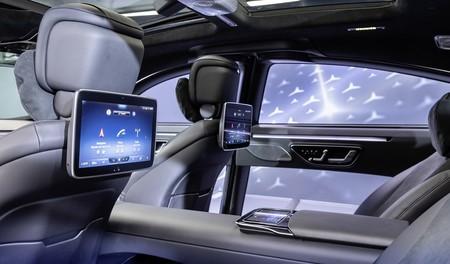 El Mercedes-Benz Clase S 2021 empieza a detallar su nueva generación revelando el interior y un MBUX más avanzado