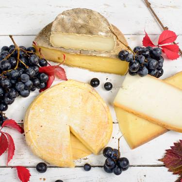 15 quesos franceses imprescindibles (pero poco conocidos): historia, propiedades y cómo degustarlos