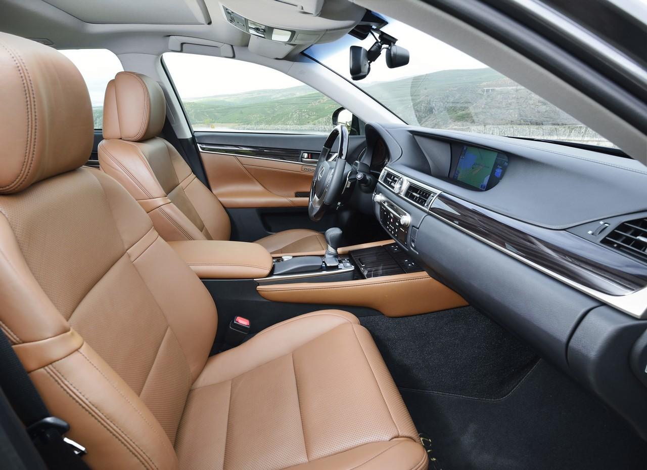 Foto de Lexus GS 300h (97/153)