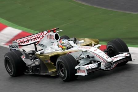 El Force India VJM01 ha debutado hoy en el Circuit de Catalunya