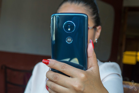 Moto G6 Review 9
