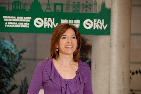 La eurodiputada del PNV, Izaskun Bilbao cuestiona el método de la Consulta sobre Neutralidad