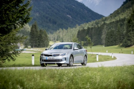 Kia Optima Hibrido Enchufable 3