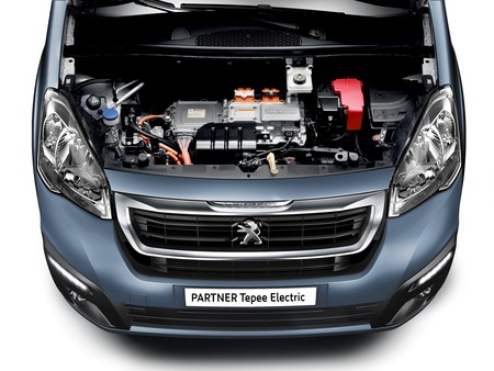 Peugeot Partnet Tepee Electric 2017 1