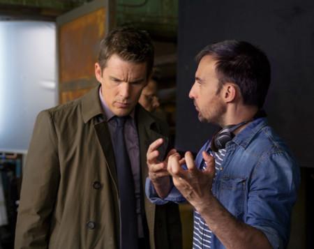 Alejandro Amenábar con Ethan Hawke en el rodaje