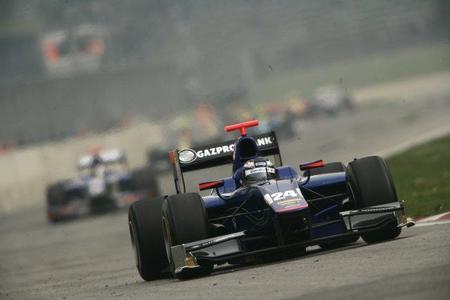 Mikhail Aleshin estará con Carlin para la primera cita de la GP2 en Turquía