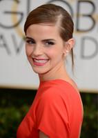 Emma Watson, la sorpresa de la alfombra de los Globos de Oro 2014