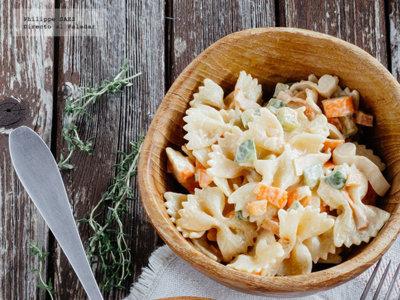 Las ensaladas de pasta son para el verano: aquí tienes nueve recetas para no aburrirte
