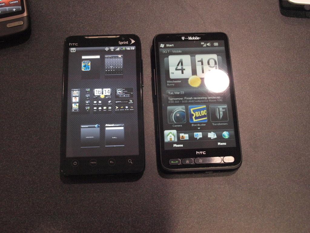 Foto de HTC HD2 vs HTC EVO 4G (9/10)