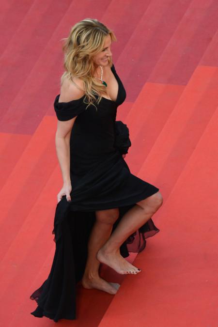 Si eres Julia Roberts puedes descalzarte cuando y cómo quieras