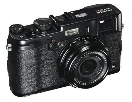 Fujifilm ha presentado la edición en negro de la X100S y el objetivo XF 56 mm F/1.2 R para sus CSC