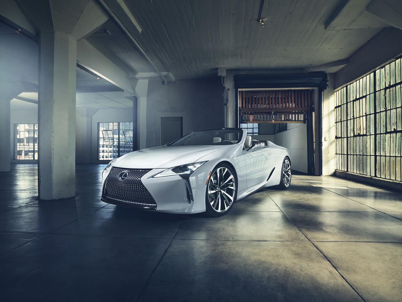 Foto de Lexus LC Convertible concept (3/12)