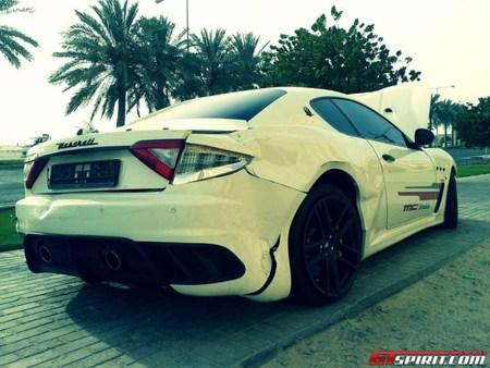 """Dolorpasión™: Un Maserati GranTurismo MC Stradale hace """"el trenecito"""""""