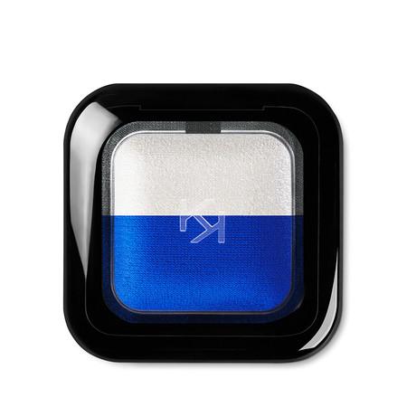 Pantone Classic Blue Cosmeticos Kiko