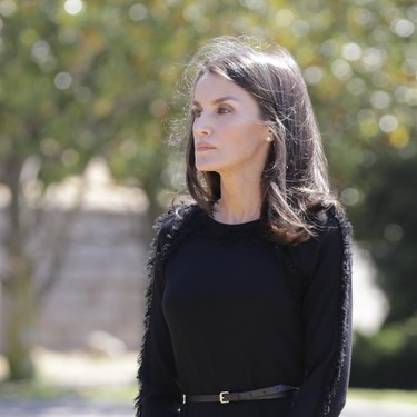 Los Reyes, la Princesa de Asturias y la Infanta Sofía guardan un minuto de silencio en memoria de los fallecidos del coronavirus
