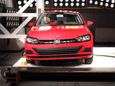 El Volkswagen Virtus se apunta cinco estrellas en Latin NCAP; el Chevrolet Onix sólo tres