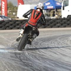 Foto 9 de 63 de la galería albaida-despide-el-campeonato-de-espana-de-supermotard-2011 en Motorpasion Moto