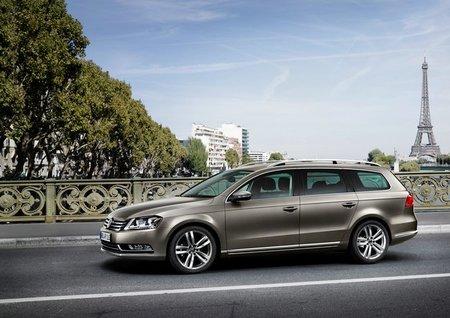 Volkswagen Passat 2011 Variant lateral
