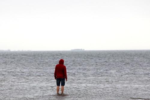 Caminar sobre el agua es posible, en la playa del Trabucador