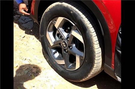 Hyundai Venue Filtrado 3