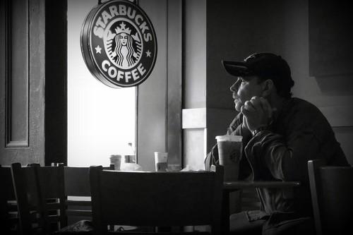 Esta es la comida y bebida más y menos saludable de Starbucks