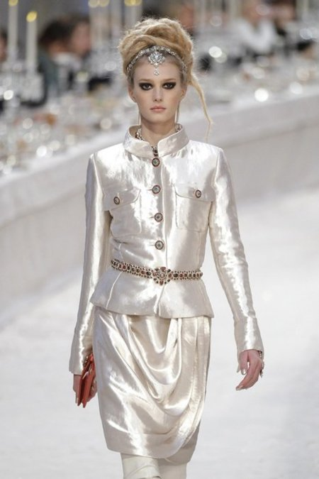 Saten Chanel Pre-Fall 2012