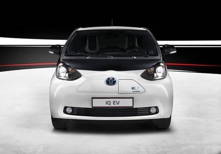 Toyota iQ EV: toda la información, fotos y análisis del nuevo iQ EV