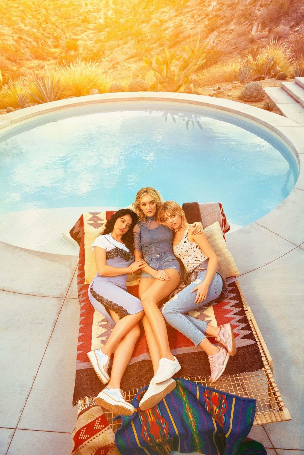Foto de The Atomics y Lucky Blue Smith H&M Loves Coachella (1/6)