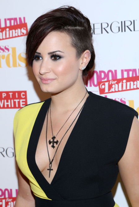 Demi Lovato en los Cosmopolitan Fun Fearless Latina Awards, ¿aprobada?