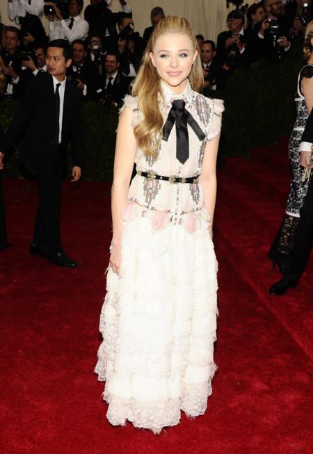Chloë Moretz de Chanel Gala MET 2014