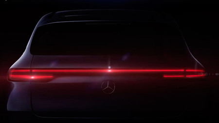 Mercedes-Benz EQC: todo lo que se sabe del coche eléctrico que quiere quitarle la gloria a Tesla