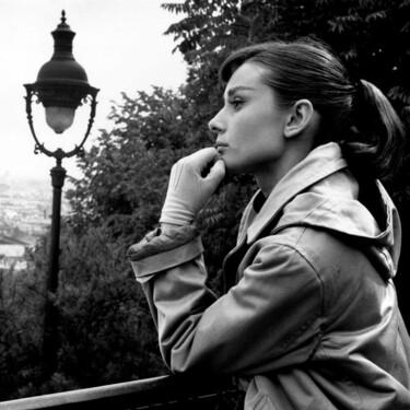 Aunque Audrey Hepburn fue la musa de Givenchy también tenía una relación especial con Valentino y estas tres fotografías inéditas lo demuestran