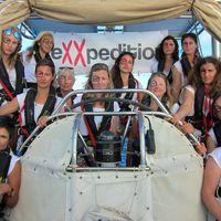 El navío de mujeres científicas que busca concienciar sobre la intolerable contaminación de los mares