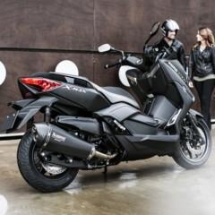 Foto 14 de 15 de la galería yamaha-x-max-400-momodesign-en-accion en Motorpasion Moto