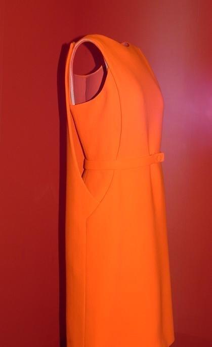 balenciaga vestido naranja