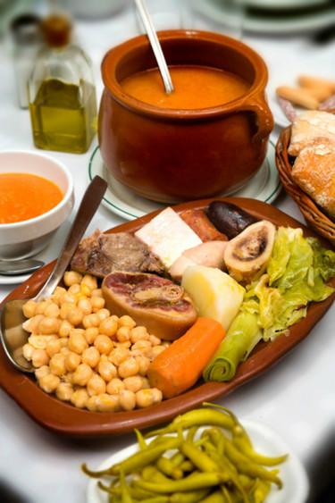 ¿Dónde puedo comer un buen cocido en Madrid?