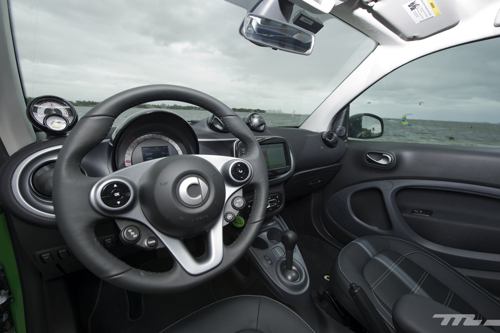 Foto de smart fortwo Electric Drive, toma de contacto (11/313)
