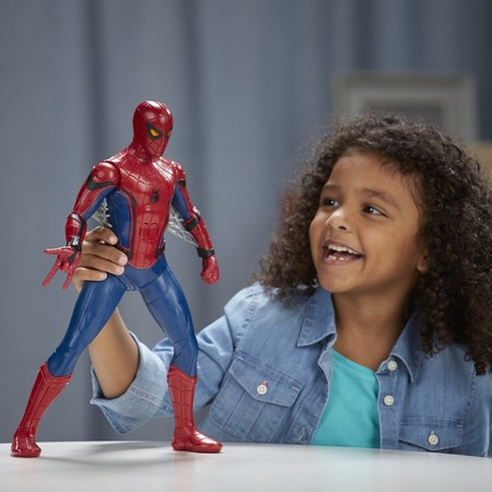 Outlet Amazon: figura interactiva Spiderman Homecoming, con luces y sonidos, por sólo 9,99 euros