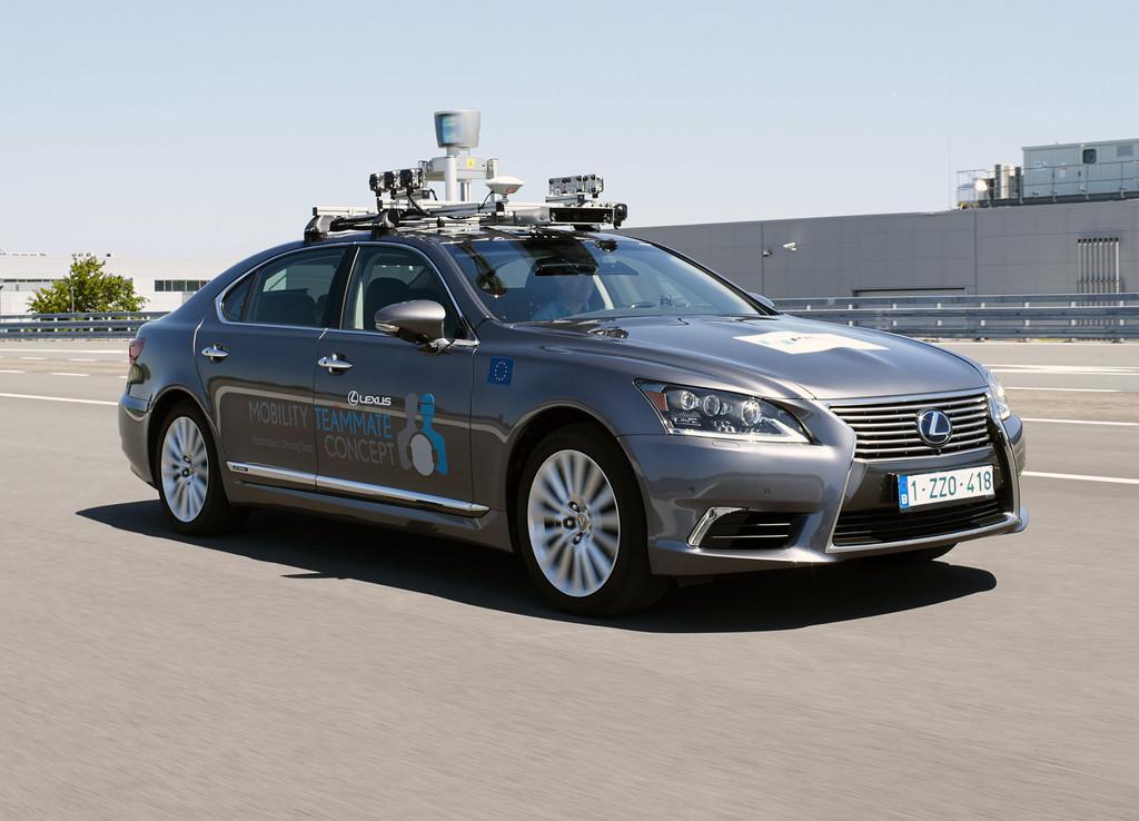 Toyota ya está haciendo pruebas de conducción autónoma en carreteras europeas, en Bruselas