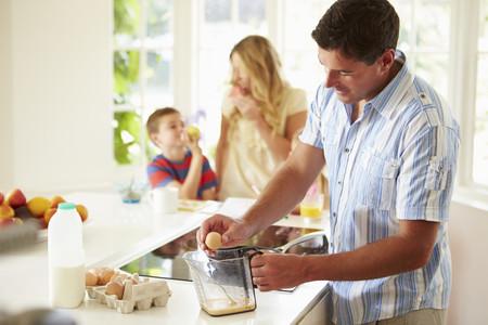 Familia Desayuno