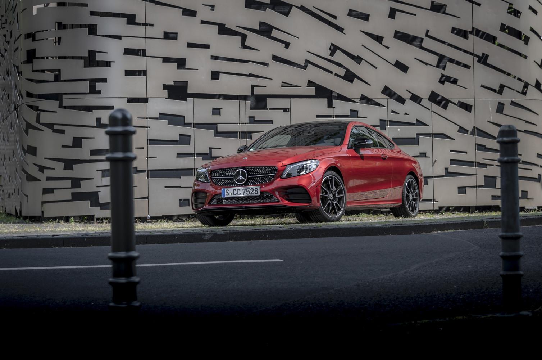 Foto de Mercedes-Benz Clase C 2018, toma de contacto (8/255)