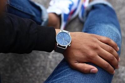 De formas sencillas, y con vocación de complemento de moda: Relojes Komono