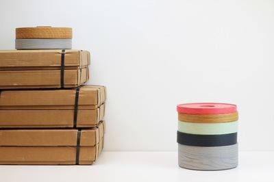 Hopper boxes, torres cilíndricas de color para organizar el almacenaje