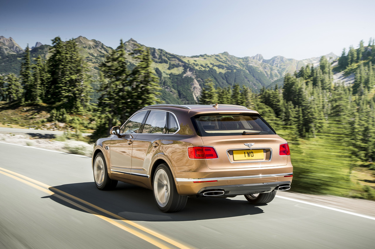 Foto de Bentley Bentayga 2015 (23/27)